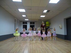1. grupas baleta nodarbība. FOTO